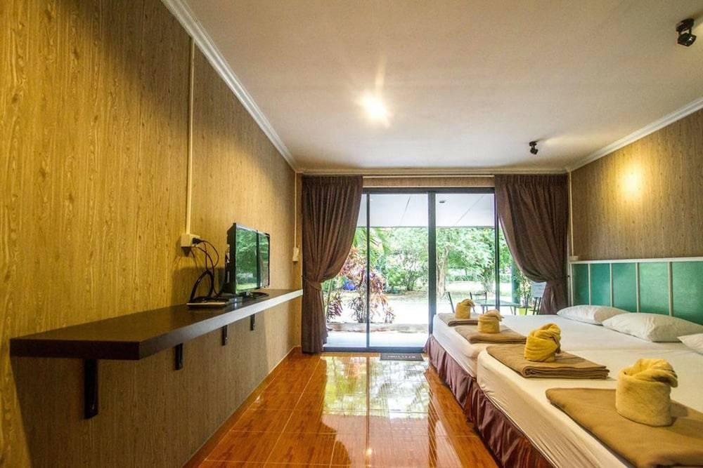 Phe-Samed Villa Resort